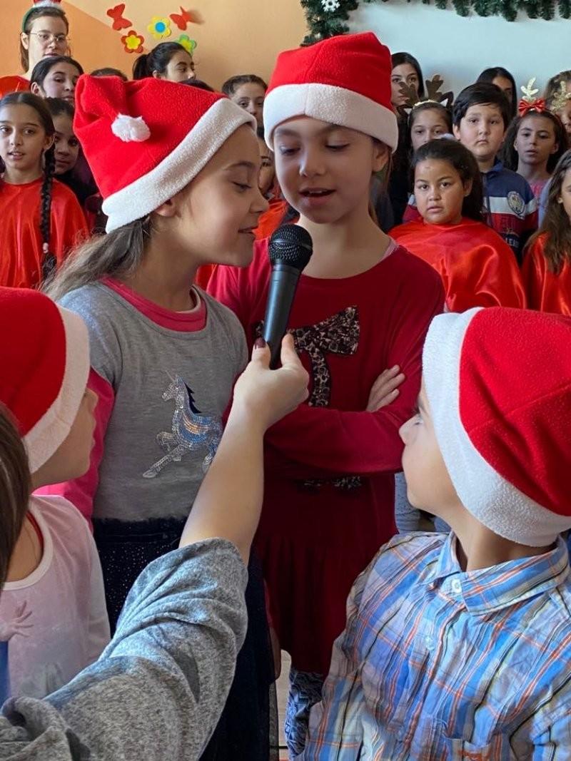 Serbare de Crăciun la Complex Curcubeu