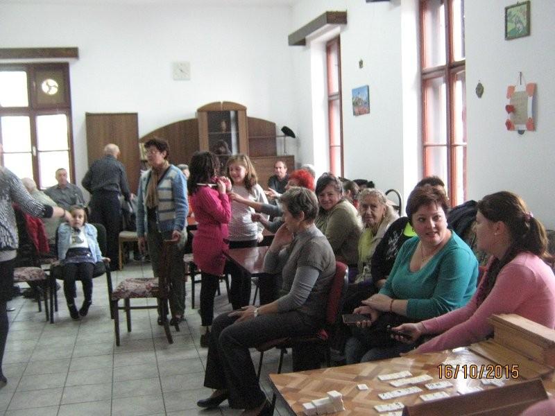 Spectacol la centrul de zi pentru vârstnici Aurel Vlaicu